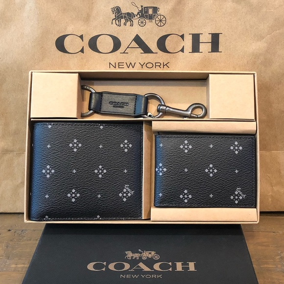 Coach Other - NWT Authentic Coach Wallet & Key Chain Gift Set